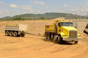 Chantilly, VA tandum dump truck driving for a fill dirt delivery