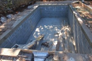 a pool that will be filled up in its entirety when it receives a full inground pool removal to save money in the future
