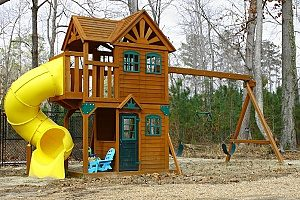 a brand new backyard playground that a Virginia fill dirt contractor helped build