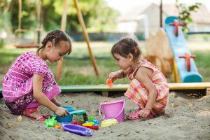 encourage children to play in a sandbox