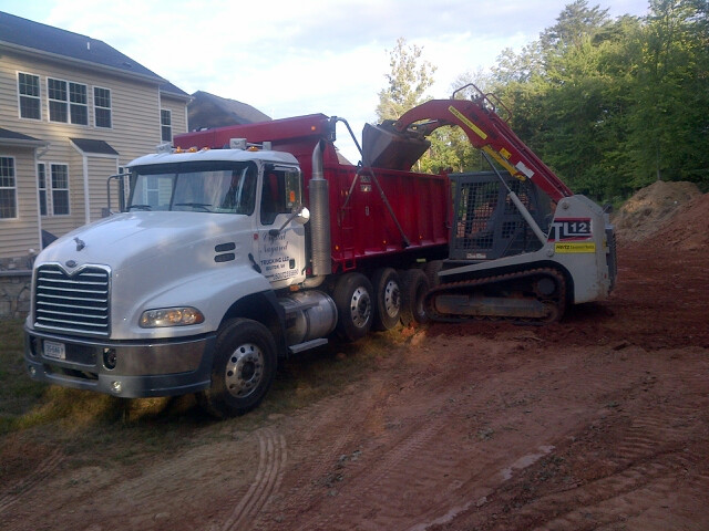 fill dirt delivery