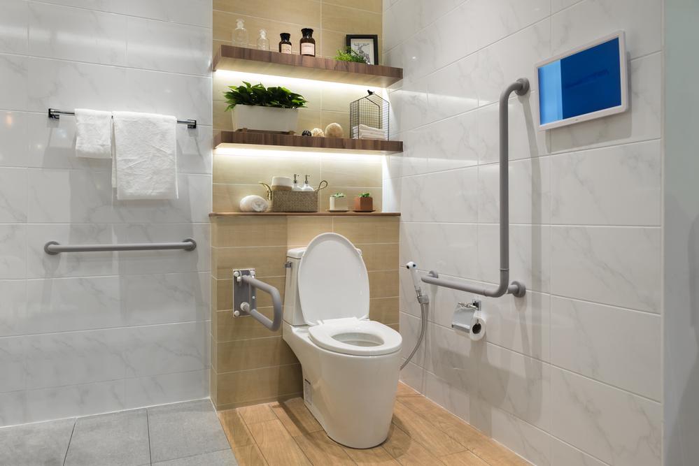 ada toilet layout